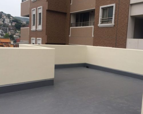 ①屋上緑化 着工前。