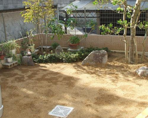 ①既存の庭園。